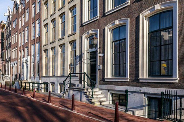 Stout Verlichting Project Grachtenpand Amsterdam sfeerfoto